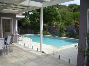 Frameless Glass Pool Fence and Spigot