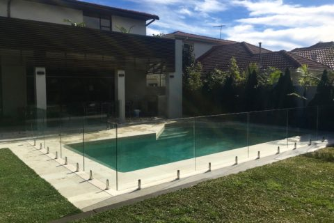 1 Frameless Pool Fence Sydney